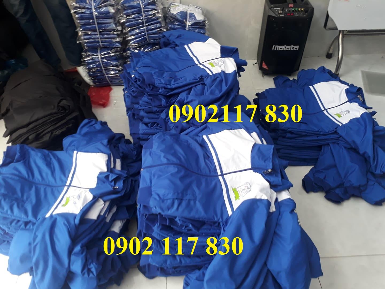 Xưởng cắt may áo khoác khuyến mãi giá rẻ