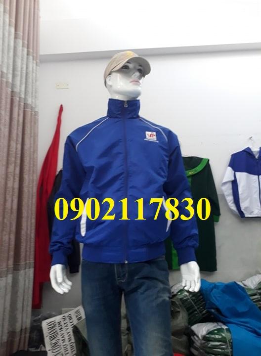 May áo khoác đồng phục theo yêu cầu